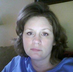 Lori FQwall